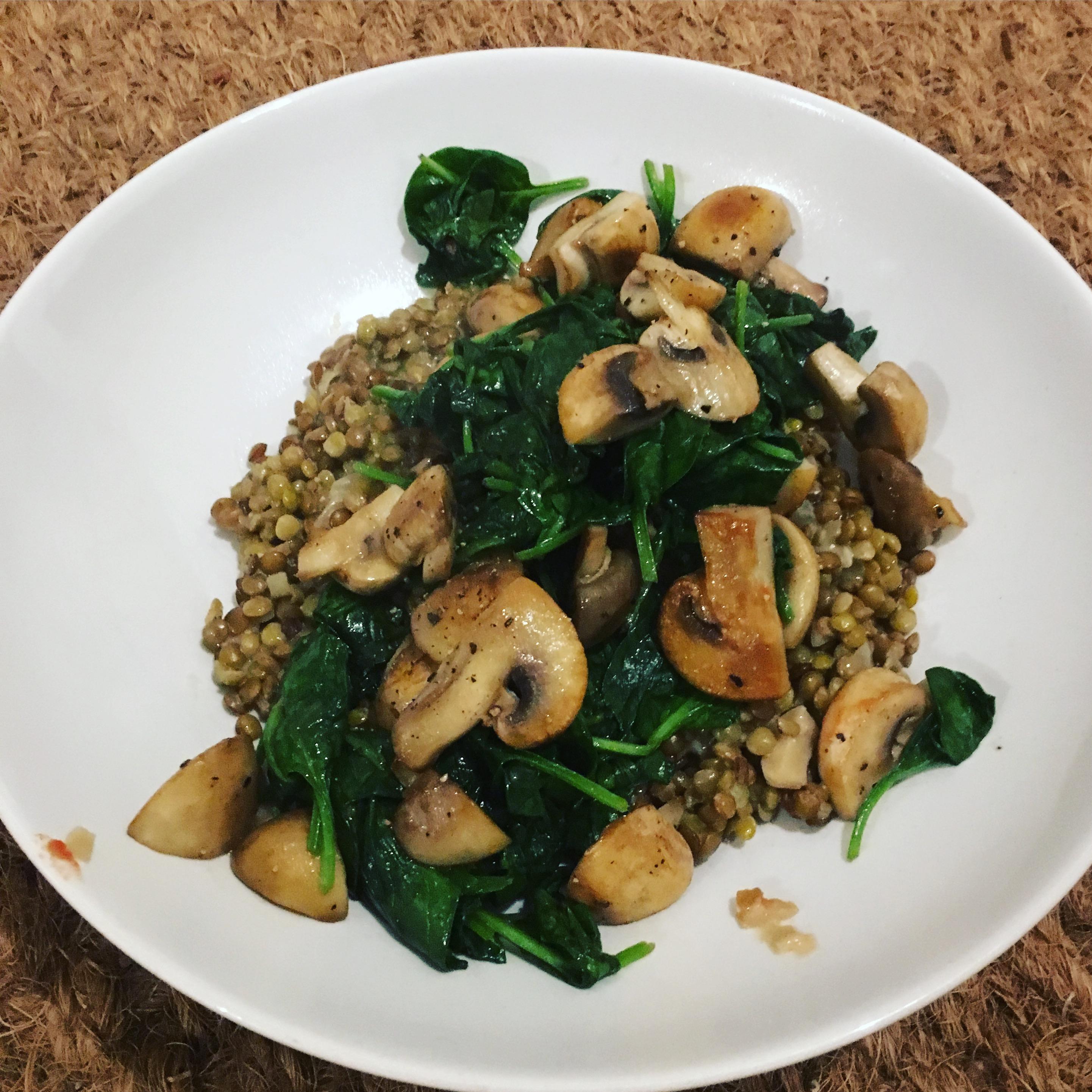 linzenrisotto met champignons en spinazie